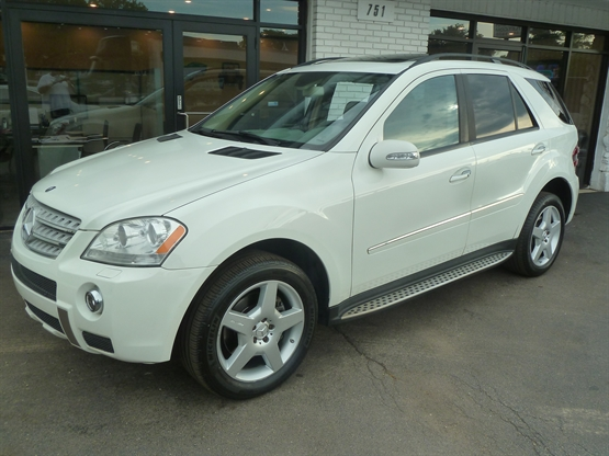 2008 MERCEDES-BENZ ML-Class 550 4MATIC AWD