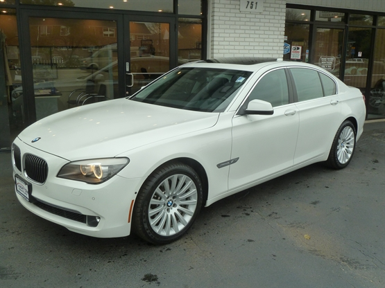 2012 BMW 7-Series 750i xDrive AWD